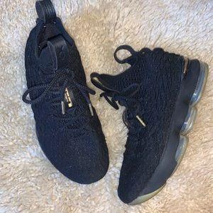 Nike Lebron XV size 7 Youth